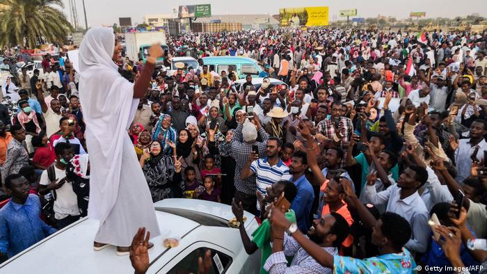 فعالان حقوق زن در سودان نقش پررنگی در سرنگونی حکومت عمر البشیر داشتند