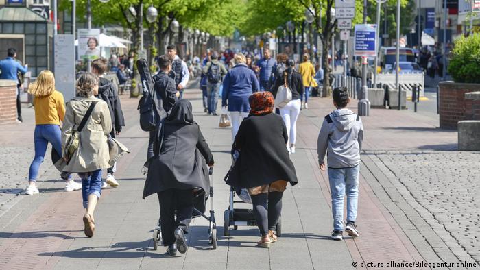 Deutschland Menschen mit Migrationshintergrund (picture-alliance/Bildagentur-online)