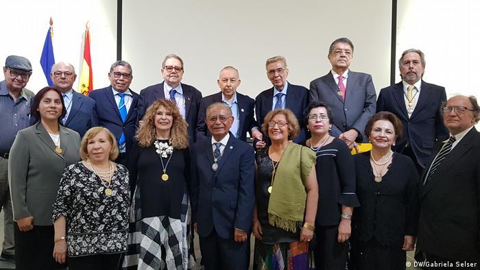 Gioconda Belli en el seno de la Academia Nicaragüense de la Lengua.