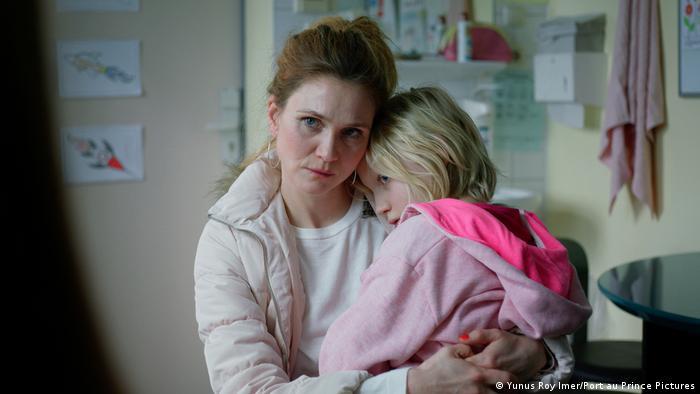 Film Systemsprenger - Szene mit Mutter und Tochter