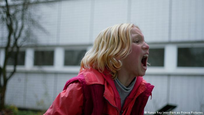 Film Systemsprenger Szene mit schreiendem Mädchen