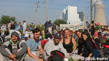 Blockade der Gleise vor den Braunkohlekraftwerken Neurath bei Köln