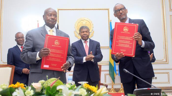 Ugandas Präsidenten Yoweri Museveni und Pres. Ruanda Paul Kagamé - Abkommen unterzeichnet