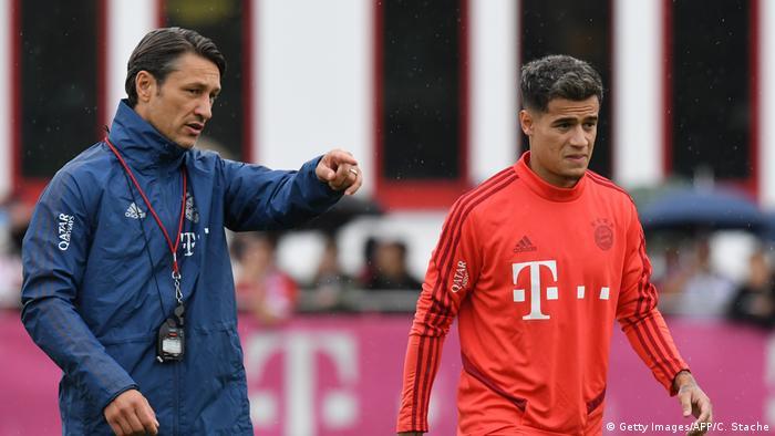 Fußball Bundesliga Bayern München Niko Kovac und Philippe Coutinho Training