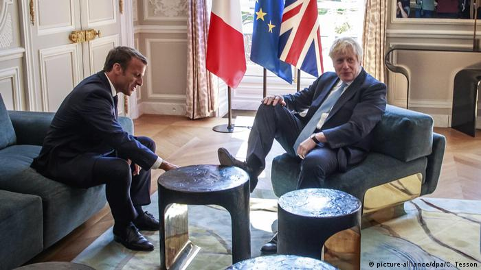 Britischer Premierminister Johnson in Paris (picture-alliance/dpa/C. Tesson)
