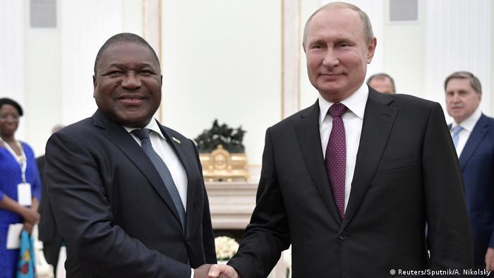 Presidente moçambicano, Flipe Nyusi, encontrou-se com o homólogo russo, Vladimir Putin, em Moscovo, em agosto de 2019