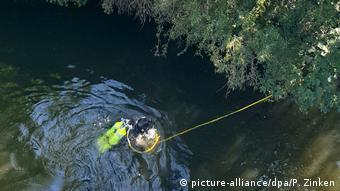 Аквалангисты нашли орудие убийства в нескольких сотнях метров от места преступления