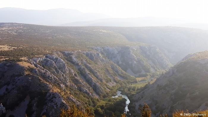 Okolica Obrovca - kraj s turističkim potencijalom, ali s premalo stanovnika, pogotovo mladih