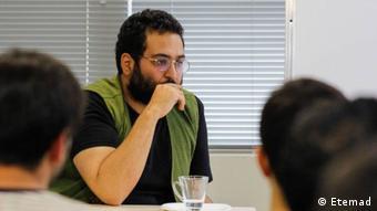 کیومرث مرزبان، نویسنده و طنزپرداز