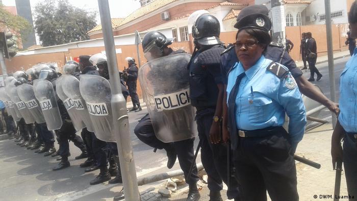 Luanda Angola | Demonstration gegen Arbeitslosigkeit