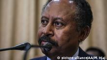 KHARTOUM, SUDAN - AUGUST 21: Member of Sudan's 'sovereign council' Abdullah Hamadok holds a press conference after swearing in ceremony at Presidential Palace in Khartoum, Sudan on August 21, 2019. Mahmoud Hjaj / Anadolu Agency   Keine Weitergabe an Wiederverkäufer.