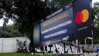 A scoreboard at the PGA Tour Championship announces that inclement weather is approaching (Imago Images/Icon Sportswire/D. John Griffin)