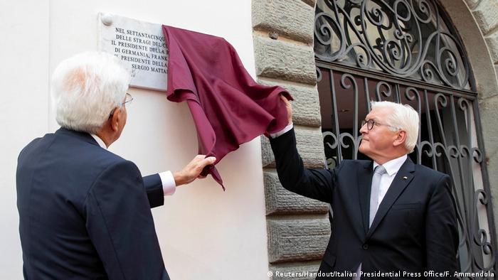 فرانک والتر اشتاینمایر و همتای ایتالیاییاش در مراسم یادبود قربانیان جنایات نازیها در شمال ایتالیا، ۲۵ اوت ۲۰۱۹