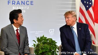 G7-Gipfel in Frankreich Abe und Trump