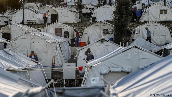 Midilli Adası'ndaki Moria mülteci kampı