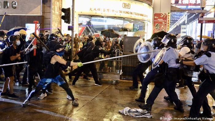 Hongkong Gewalt bei Protesten (Imago Images/Xinhua/Lyu Xiaowei)