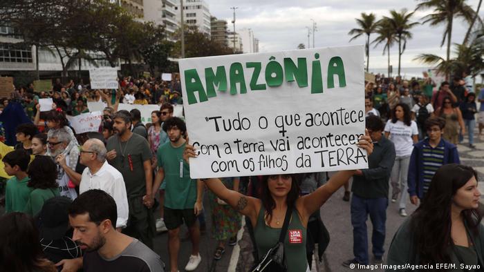 La resistencia al gobierno Bolsonaro crece en muchas partes del país. Su política ambiental es una de las principales razones del descontento popular.