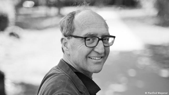 Author Dogan Akhanli receives Goethe Medal