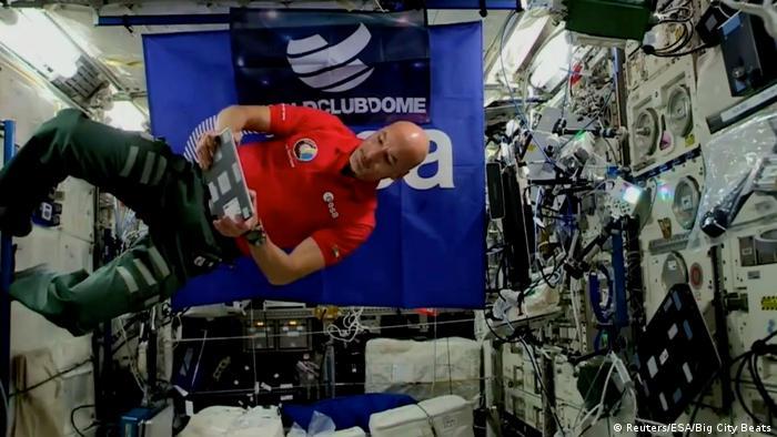 Italian Astronaut Luca Parmitano plays a DJ set from the ISS