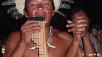 Ureinwohner tanzen (Foto: dw)