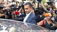 26.08.2019 The political leader of the 5-Stars Movement, Italian Deputy Premier and Labor Minister, Luigi Di Maio, gets into his car at the end of the meeting with the staff of his party, in Rome, Monday, Aug. 26, 2019. The 5-Stars and the opposition center-left Democrats were scrambling in closed-door discussions to see if they can cobble together a coalition, despite sharp differences on who would be premier. (Angelo Carboni/ANSA via AP) |