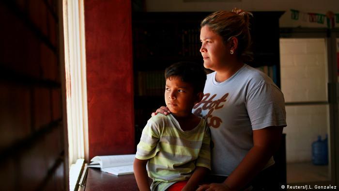 Bildergalerie USA Rückführung von Flüchtlingen nach Mexiko (Reuters/J.L. Gonzalez)