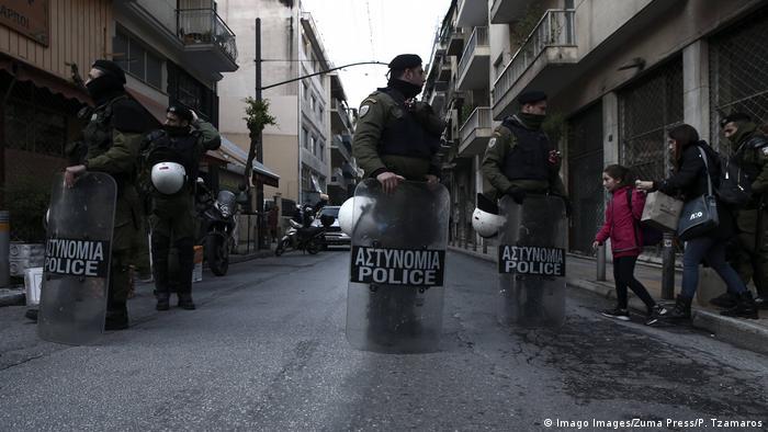 پلیس یونان در جستجوی مهاجران غیرقانونی