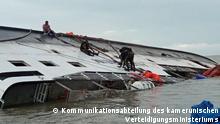 Kamerun Untergang eines Bootes in Kribi