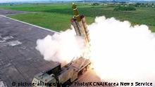 Nordkoreanischer Raketentest im August 2019 (Foto: picture-alliance/dpa/AP Photo/KCNA/Korea News Service )