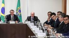 Brasilien Bolsonaro trifft sich mit Amazonas-Gouverneuren