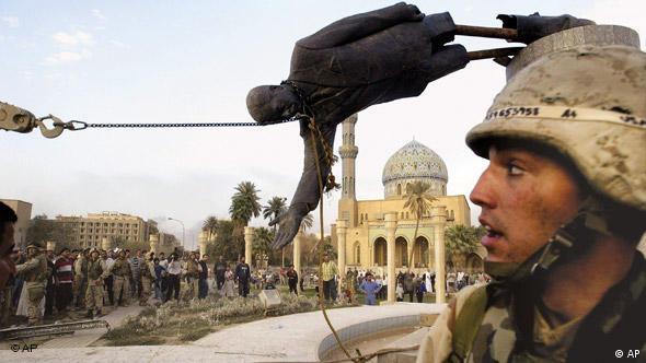 Irak Jahrzehnt Flash-Galerie 2003 Saddam Hussein (AP)