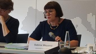 Berlin Sabine Weyand bei einer Pressekonferenz zum Mercosur Abkommen in Berlin