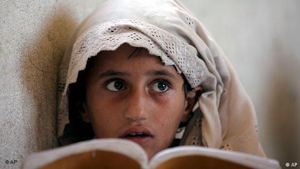 Afghanistan Mädchen Jahrzehnt Flash-Galerie 2002