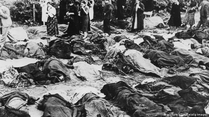 Львівяни шукають рідних серед вбитих радянською владою в одній з тюрем міста