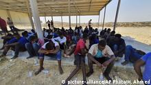 Libyen nahe Khoms | Gerettete Flüchtlinge