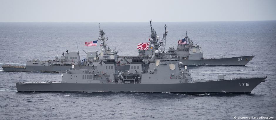 USS Wayne E. Meyer Zerstörer