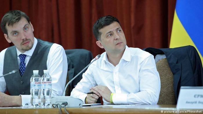 Ukraine Oleksii Honcharuk (Links) und Volodymyr Zelenskyy (Rechts)