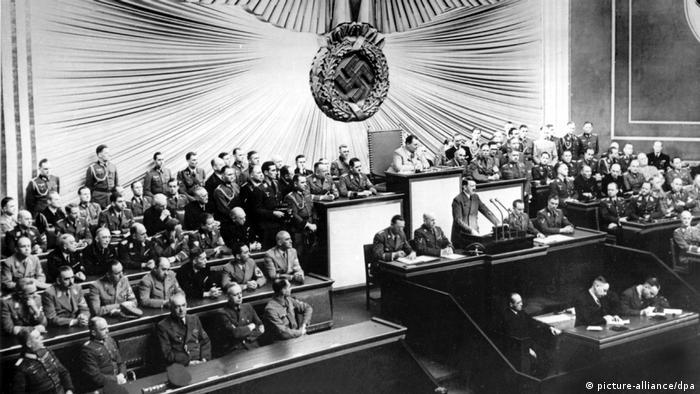 Przemówienie w Reichstagu (1.09.1939): Hitler uzasadnia napaść na Polskę