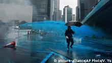 Hongkong Protest Wasserwerfer blaue Farbe