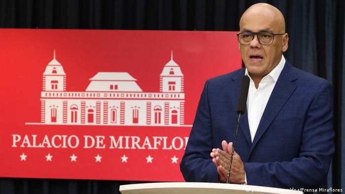 Venezuela Caracas - Informationsminister Jorge Rodriguez