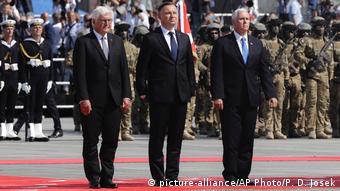Polen Gedenken Zweiter Weltkrieg Warschau (picture-alliance/AP Photo/P. D. Josek)
