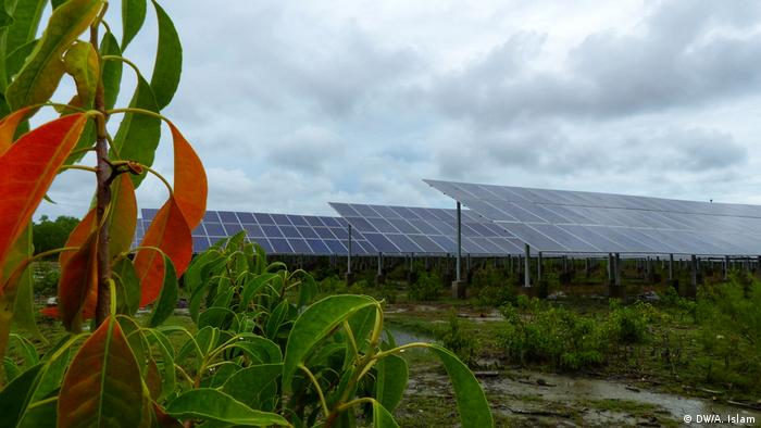 All buildings at Bhasan Char are equipped with solar panels to fulfil its energy demands. A big solar field and two diesel generators for electricity have also been installed. The island has a rainwater harvesting system as well as tube wells to provide drinking water.
