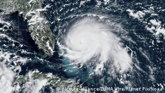 دورین قویترین طوفان تاریخ باهاها