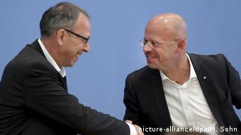 AfD politicians Jörg Urban and Andreas Kalbitz (picture-alliance/dpa/M. Sohn)