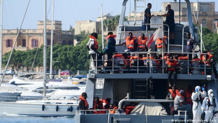 Migranten auf dem Mittelmeer gerettet