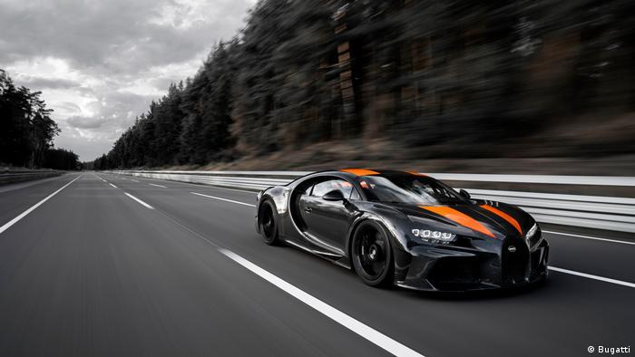 Bugatti knackt die 300-Meilen-pro-Stunde-Marke