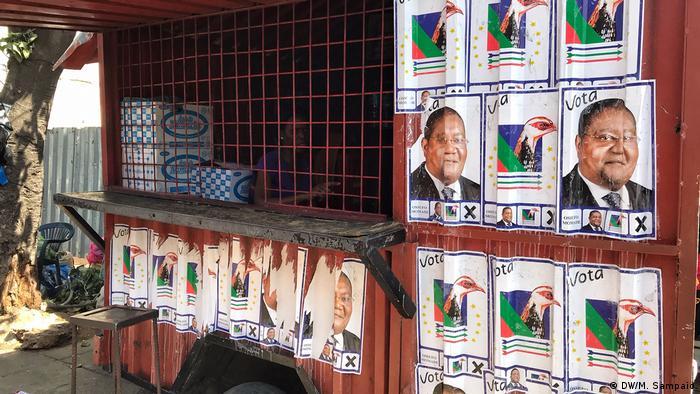 Wahlplakate in der Hauptstadt Maputo