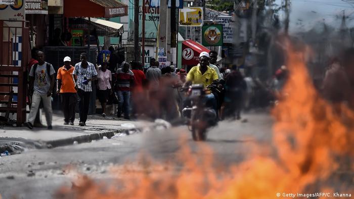Haiti, Port-au-Prince: Proteste gegen Spritpreis-Erhöhung (Getty Images/AFP/C. Khanna)