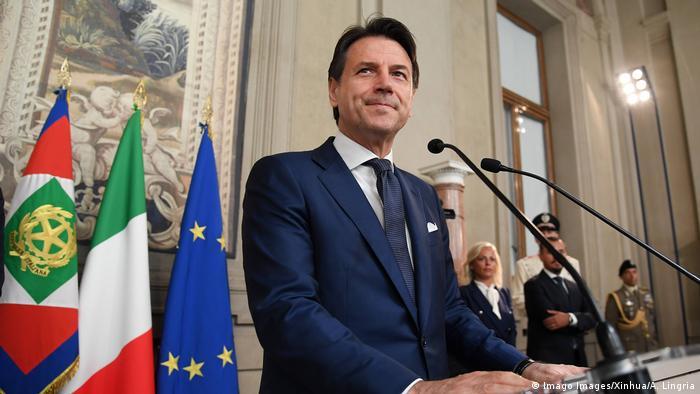 Italien Rom Giuseppe Conte (Imago Images/Xinhua/A. Lingria)