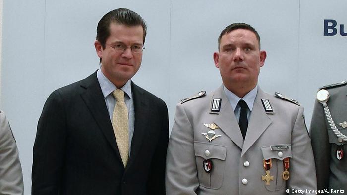 Maik Mutschke i Karl-Theodor zu Guttenberg